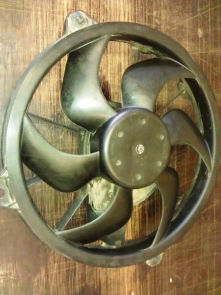 Вентилятор охлождения двигателя